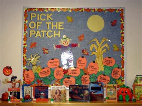 25+ Best Ideas About Seasonal Bulletin Boards On Pinterest