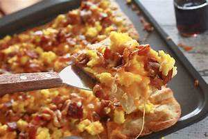 Easy Breakfast Pizza Recipe For Busy Mornings