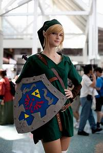Epic Girl Link Cosplay [pic] - Global Geek News
