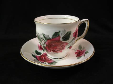 Beautiful Vintage Duchess Bone China Red Roses Tea Cup