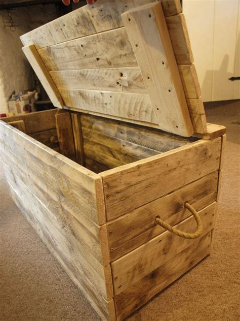 holiday wood storage box ideas best 25 wooden blanket box ideas on wooden