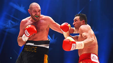 Tyson Fury's licence suspended by British Boxing Board of ...