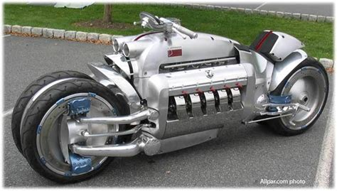 Dodge Tomahawk Super Heavy Motorcycle   XciteFun.net