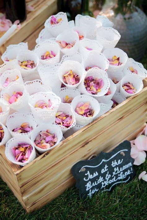 ideas  rose petals wedding  pinterest