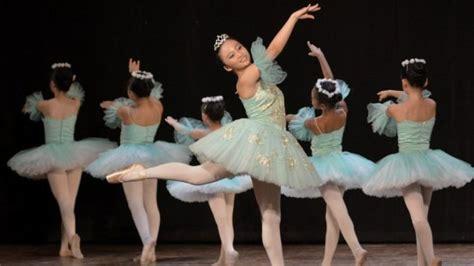 Jelaskan keterkaitan antara musik iringan dengan gerak tari! Sebut Dan Jelaskan Macam Macam Teknik Dalam Balet - Besar