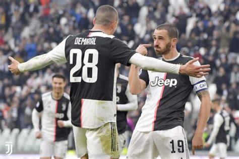 Juve's average squad age has reduced quite a lot this. Sampdoria x Juventus: como assistir ao jogo do Italiano AO ...