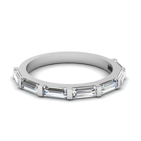 baguette brilliance wedding band with white diamond in 18k
