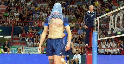 zaytsev ivan shirtless volleyball