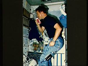 Space Food Photos: What Astronauts Eat in Orbit