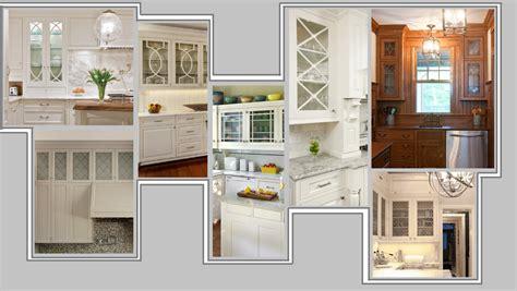 reparation armoire de cuisine les portes de verre pour cr 233 er l ambiance d une cuisine