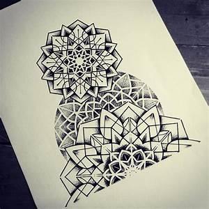mandala dotwork geometry  Tattoos  Mandala tattoo design Tattoos e Geometric mandala tattoo