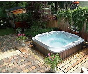 outdoor hot tub enclosure landscaping gardening ideas With whirlpool garten mit teppich balkon ikea