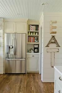Farbe Weiß Streichen : kunststoffpaneele streichen wandverkleidung in einer frischen farbe ~ Frokenaadalensverden.com Haus und Dekorationen