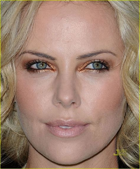 Charlize Theron: American Cinematheque Sexy - Charlize ...