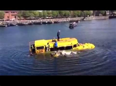 Tourist Duck Boat Sinks by Liverpool Yellow Duck Boat Sinks In Albert Dock