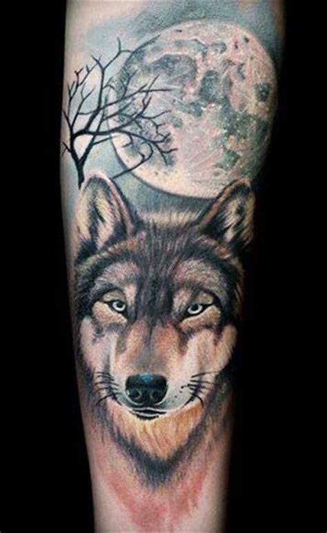 tatouage loup  lune tatouage loup sur modeletatouagecom