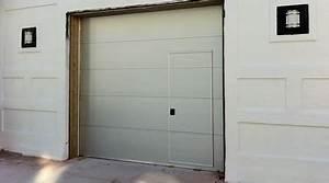 prix d39une porte de garage avec portillon cout moyen With porte de garage avec porte de service sur mesure