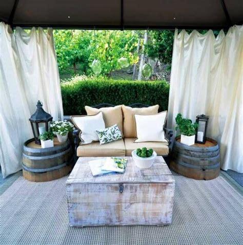 How To Create Luxe Backyard Retreat by Best 25 Backyard Retreat Ideas On Patio