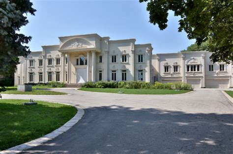 luxury house sales hit  records  canada  star