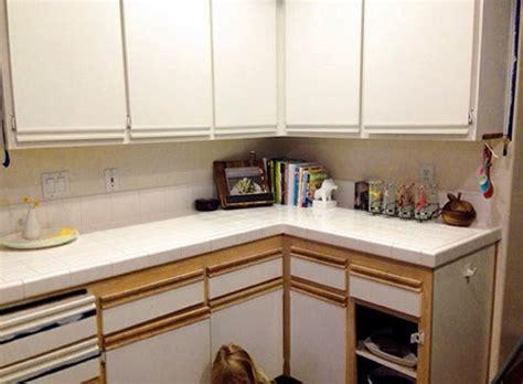 easy kitchen cabinet makeover let s die friends easy kitchen cabinet makeover 7005