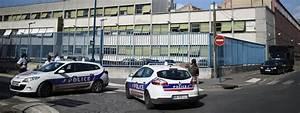 Garage Volkswagen Saint Denis : seine saint denis quatre questions sur l 39 agression par balle d 39 un policier pantin ~ Gottalentnigeria.com Avis de Voitures