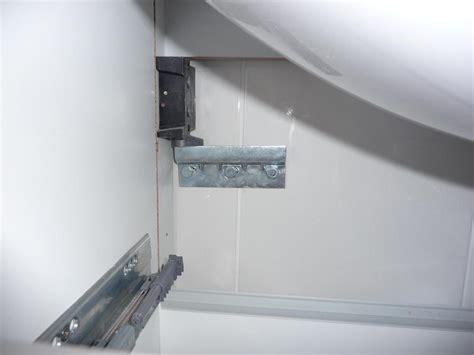 systeme fixation meuble haut cuisine systeme fixation meuble haut cuisine maison design modanes com