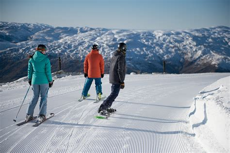 mountain info winter stats facts cardrona nz