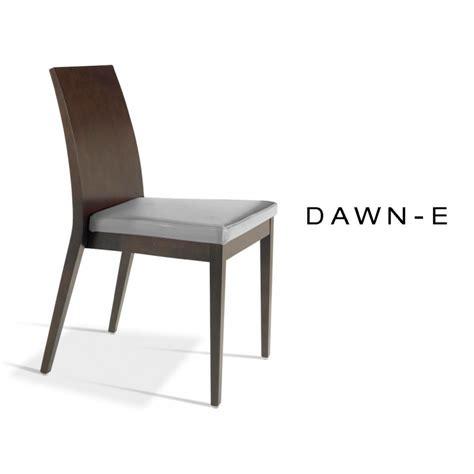 chaise en bois de h 234 tre dawn assise garnie de mousse