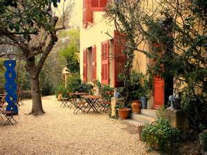 new orleans home interiors daily inspiration courtyards and fields in provence