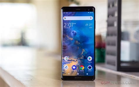 sony xperia xz3 on review display