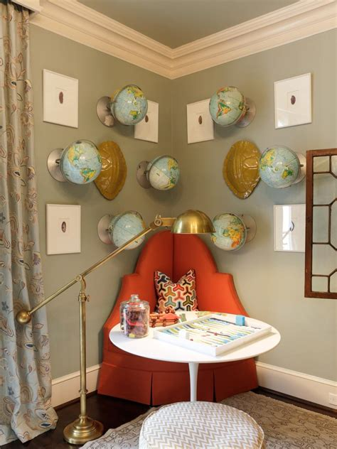 Fun Ideas For Decorating With Maps Globes And Suitcases