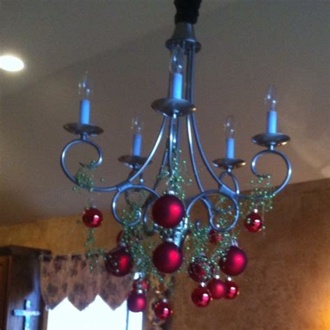 christmas decorations for chandeliers christmas decorations chandelier diy delights pinterest