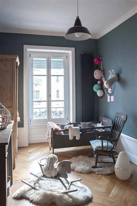 chambre gris foncé murs gris dans une chambre d 39 enfant