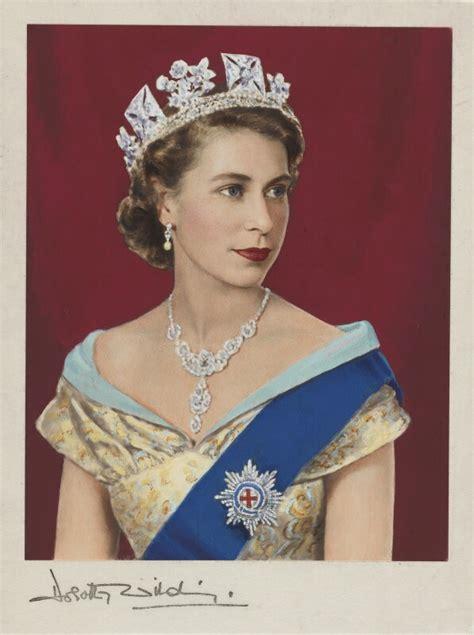 Dorothy Wilding Queen Elizabeth II