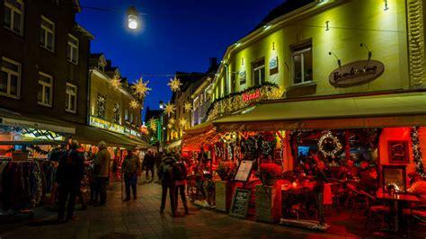 valkenburg christmas market   hotels