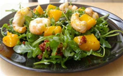 cuisiner langoustine recettes de la salade de langoustines les recettes les