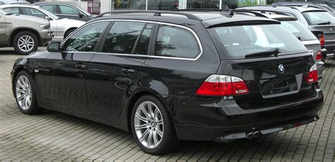 filebmw er touring  rearjpg wikimedia commons