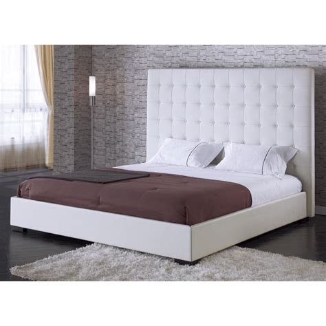 Delano White Leather Platform Bed With Tufted Headboard
