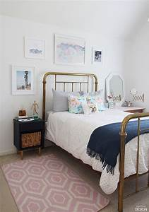 young modern vintage bedroom With modern teen bedroom decorating ideas