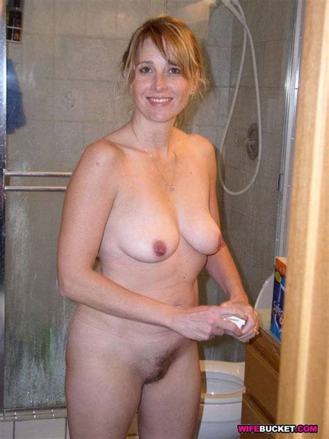 Naked Mature Moms In Swingers Sex Party