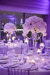 16 stunning floating wedding centerpiece ideas - Wedding Reception Centerpieces
