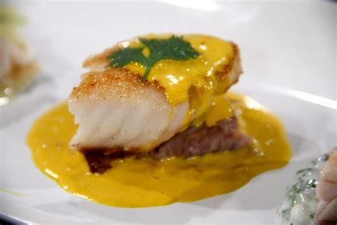 recipe   day fish  yellow pepper cream sauce