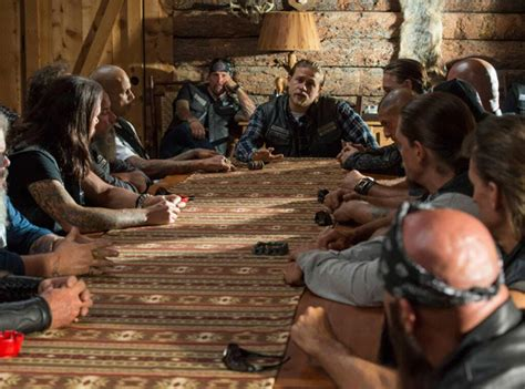 sons  anarchy renewed   final season  renewed