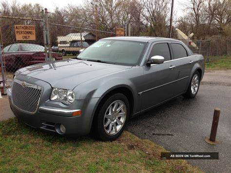 Chrysler 300c 57 2006 Technical Specifications Interior