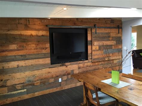 Reclaimed Wood Wall Cladding
