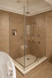 Ceiling Mounted Rain Shower Head Photo