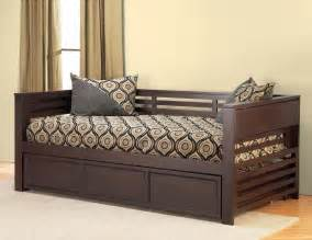 Pop Up Trundle Beds For Adults by Select Your Day Bed With Care And Add More Value To Your