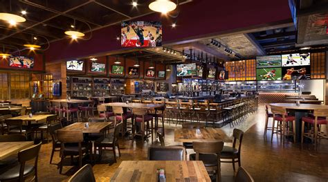 industrial bar table and chairs tap sports bar mgm grand las vegas