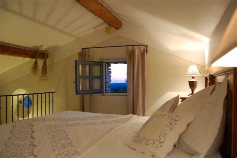 chambres d hotes gordes chambres d 39 hôtes de la beaume chambres d 39 hôtes gordes