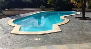 beton decoratif une terrasse de piscine moderne et With superior jardin autour d une piscine 7 amenagement exterieur en beton desactive terrasse